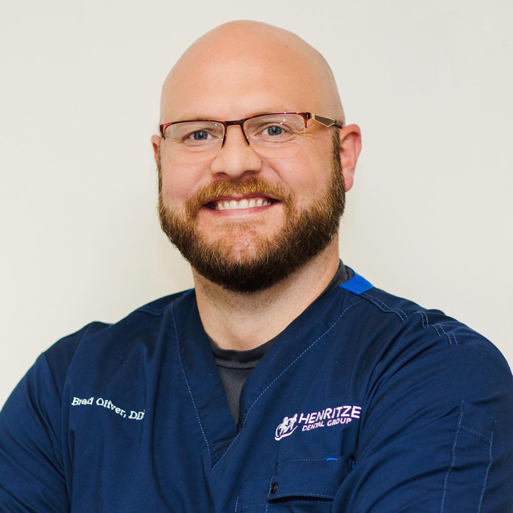 Dr. Bradley Oliver - Henritze Dental